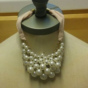 Bundle of pearls necklace.